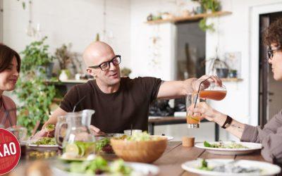 กินข้าวด้วยกัน กับ เพื่อนร่วมงาน สร้างความสัมพันธ์ได้แน่นหนากว่าที่คิด